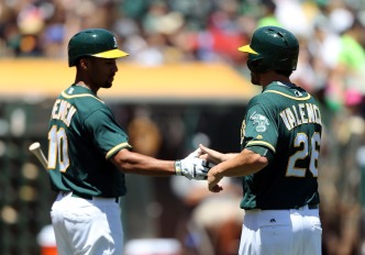 Butler's Clutch Eighth-Inning Blast Lifts A's Over Rays