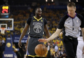 Warriors Shift Gears in 2nd Half to Rout Spurs in Game 2