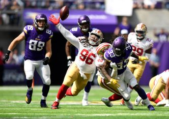 Warner Gets Solid Reviews for His 49ers Debut