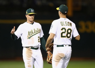 A's Chapman, Olson Bring Home AL Gold Glove Awards