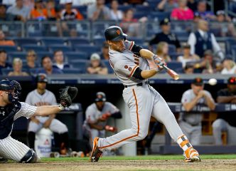 Giants Take on Yankees, Break Losing Streak