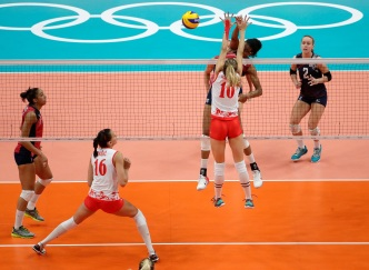 Stanford Star Injured, US Women's Volleyball Falls to Serbia