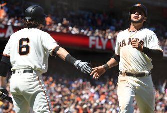 Giants Use Group Effort to Get Past D'Backs
