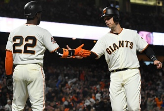 Giants Open Homestand With Win Over Reds