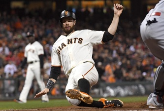 Cueto Goes Distance to Lead Giants Past Cardinals
