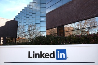 LinkedIn Now Lets You Block Members