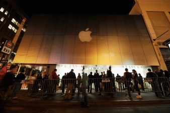 Apple Store Workers Worth $278 Per Hour