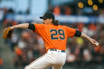 Samardzija Leads Giants to Win