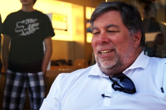 Steve Wozniak First in Line for iPhone 4S