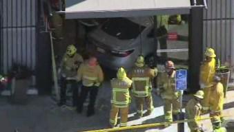 Lexus Driver Crashes Into Wells Fargo Bank