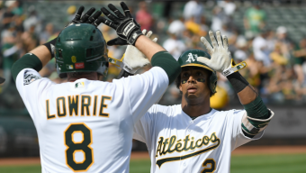 A's Sweep Rangers, Win Seventh Straight Game