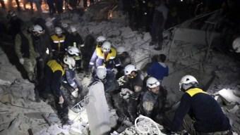 Israel Evacuates Volunteer Group 'White Helmets' From Syria