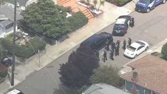 Police Surround Home in Oakland