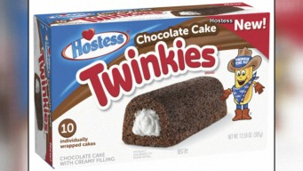 Hostess Cakes to Debut Chocolate-Filled Twinkie