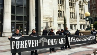 Fight to Keep Raiders in Oakland Isn't Dead Yet