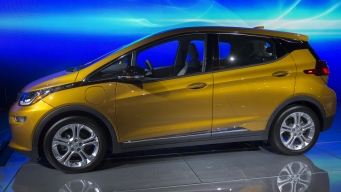 Chevy Bolt Gets Top Car Award at Major Auto Show
