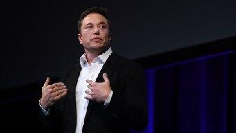 Tesla Shareholders Consider $2.6B Stock Package For Musk