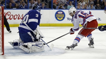 Lightning Shocks Rangers With 2-0 Win in Game 5