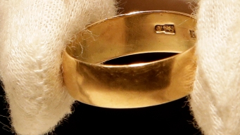 Lee Harvey Oswald's Wedding Ring Sells for $108K