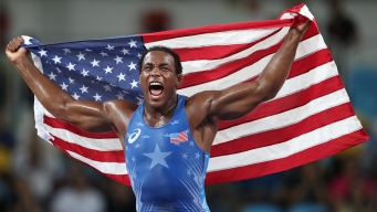 Cox Wins Freestyle Wrestling Bronze for US