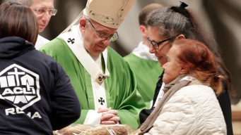 Pope Devotes Mass to Poor, Calls Indifference a 'Great Sin'
