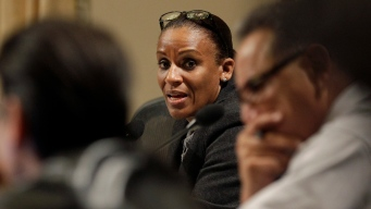 Oakland to Pay $2.2M to Settle Ex-Black Panther Leader Suit