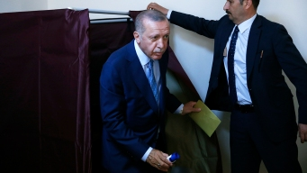 Polls Close in Turkish Elections That Are Test for Erdogan