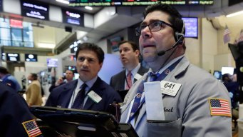 U.S. Stocks Post First Positive Week of the Year