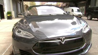 Video Shows Hackers Control a Tesla