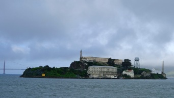 Alcatraz Canoe Journey to Commemorate Native Occupation