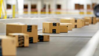 Amazon to Hire 10,000 Seasonal Associates in California