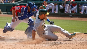 Davis Homers for 1st Time in Month, A's Beat Rangers 9-8