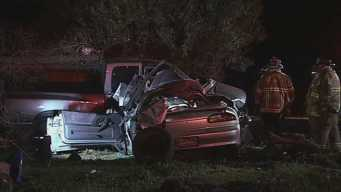 2 People Dead After Crash Outside Bay Point Home