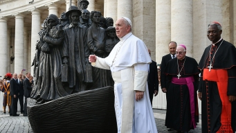 Pope Decries World's Indifference to Migrants and Refugees