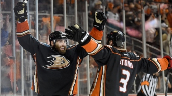 Ducks Beat Blackhawks 5-4 in OT