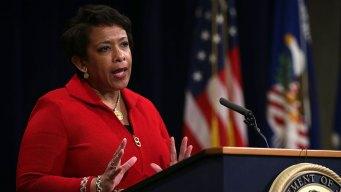 Lynch Won't Overrule Findings in Clinton Case