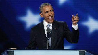 Obama Evokes Reagan as Democrats Woo GOP Voters