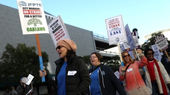 Oakland, Unions Will try to End Strike Through Mediation