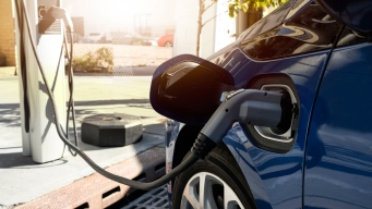 Free Electric-Car Test Drives Offered at Peninsula Festivals