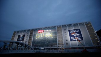 Super Bowl Fanfare Hits Fever Pitch in South Bay