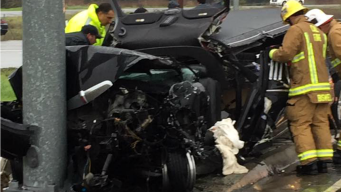 Limo Carrying Five Minors Crashes into NorCal Traffic Pole