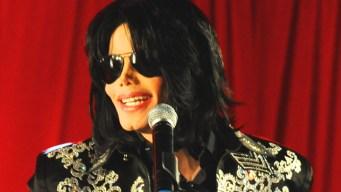Autographed Michael Jackson Memorabilia May Be Phony