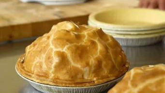 Nail That Apple Pie for Thanksgiving With a Master Pie-Maker