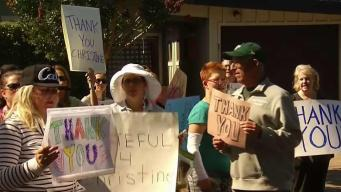 Neighbors of Kavanaugh Accuser Want to 'Drown Out the Hate'