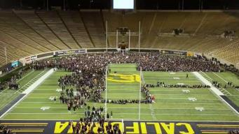 UC Berkeley Students Form Largest-Ever Human Letter Guinness World Records