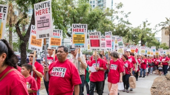 Facebook Cafeteria Workers  Unionize, Seeking Higher Wages