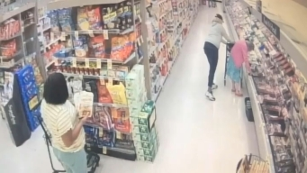 Caught on Cam: Women Steal Wallet From Elderly Woman's Purse