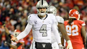 Carr Takes Responsibility for Poor Raiders Passing Game, 'We Played Awful'