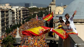 Spanish Unionists Find Their Voice in Huge Barcelona Rally