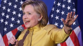 Clinton Earned $6.5M for Speeches, Book Royalties in '15